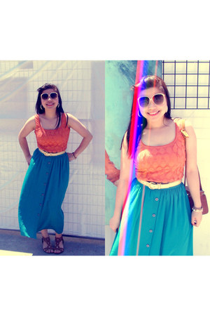 thrifted vintage skirt - thrifted vintage top - golden thrifted vintage belt