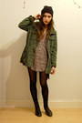 Black-vintage-boots-army-green-utility-jacket-checkered-menswear-shirt