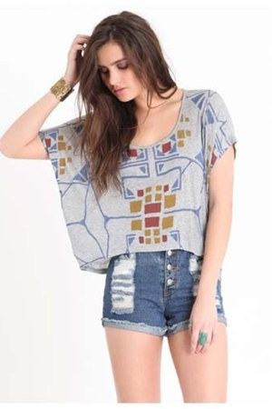 gray graphic Wkshp top