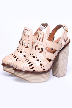 ori cut out Miista heels