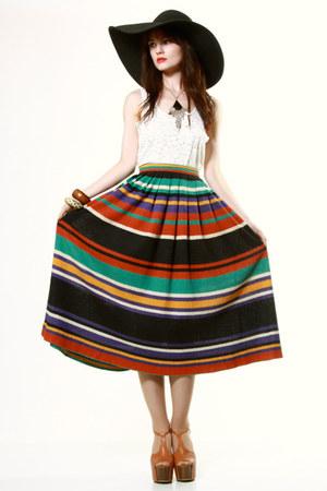 THRIFTEDnet necklace - THRIFTEDnet skirt