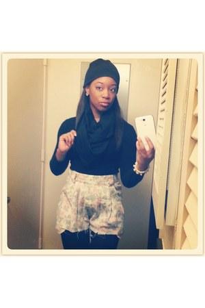 black no brand hat - black no brand shirt - black no brand scarf