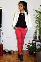 H&M boots - Zara jeans - Forever 21 blazer - Aldo necklace - Aldo bracelet