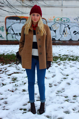 vintage coat - ankle boots Ebay shoes - beanie H&amp;M hat - asos bag
