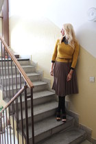 vintage from Ebay skirt - vintage sweater - vintage blouse - Primark heels