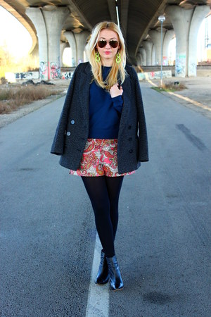 Pimkie coat - Zara boots - H&amp;M shorts - asos sweatshirt