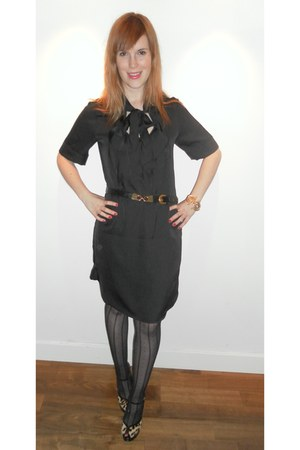 Gap dress - wonderbra tights - Aldo heels - thrifted vintage belt