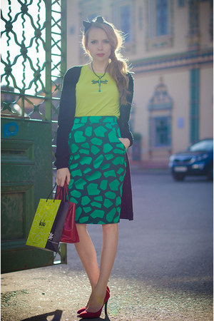 green my design skirt - chartreuse LALO TREASURES necklace