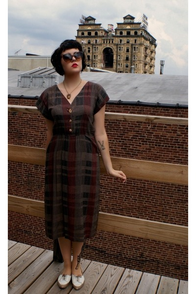 heather gray plaid Vintage Thrifted dress - ivory Urban Oufitters flats