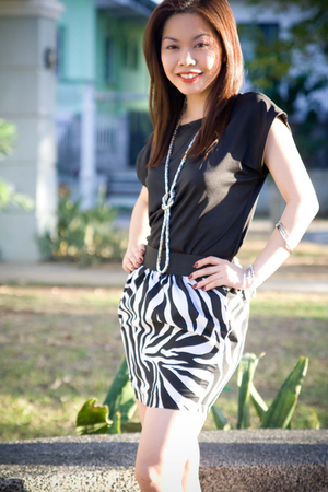 black crescent clothing blouse - white crescent clothing skirt - silver tippysto