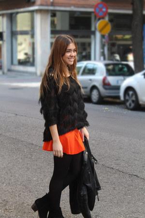 Zara skirt - Mango boots - Bershka jacket - Queens Wardrobe sweater