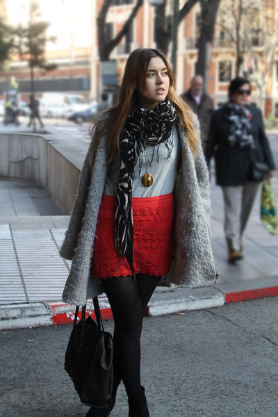 BLANCO skirt - Mango boots - Uterqe coat - Zara bag - Zara top - Uterqe necklace