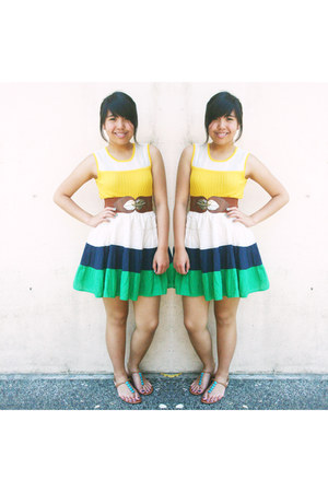 colorful H&M skirt - sleeveless Forever 21 top - thick Celine belt