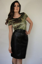 Vintage High-Waist Black Leather Pencil Skirt