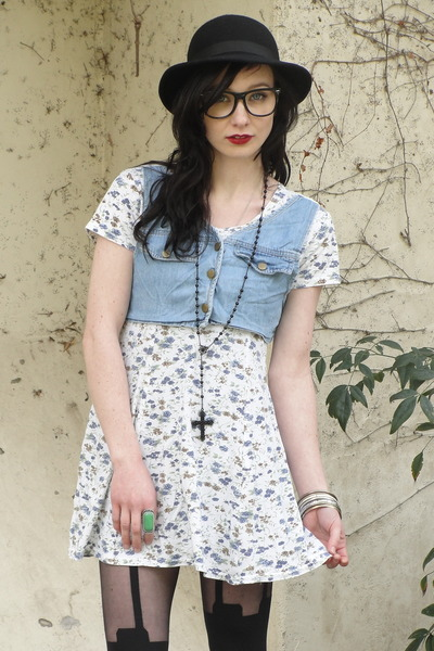 white Trashy Vintage dress - black bowler vintage hat - black super suspender Ho