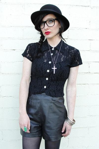 black leather vintage shorts - black bowler vintage hat
