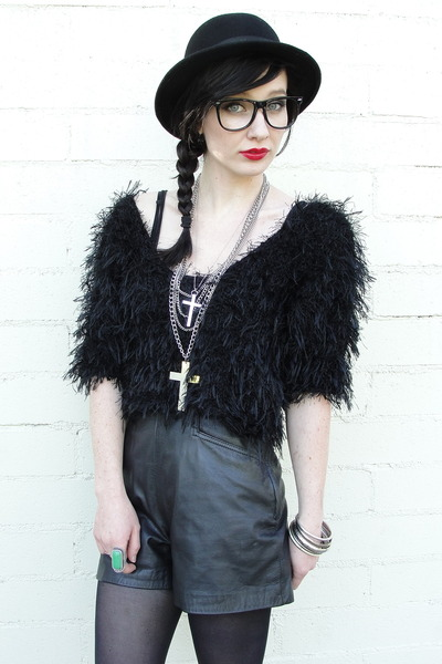 black bowler vintage hat - black leather vintage shorts - turquoise blue Forever