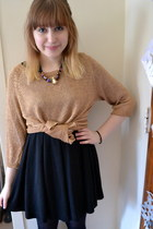 black H&M dress - crimson Forever 21 shoes - gold one 7 six sweater