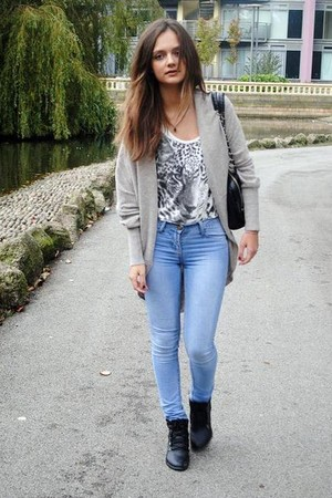silver Topshop sweater - blue jeans - black whole-sale shoes