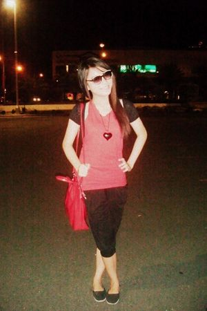 red People are People top - black geneviev gozum leggings - red sophie martin ba