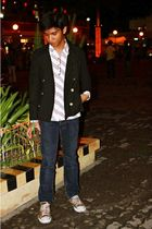black blazer - white H&M top - blue Levis pants - red Converse shoes