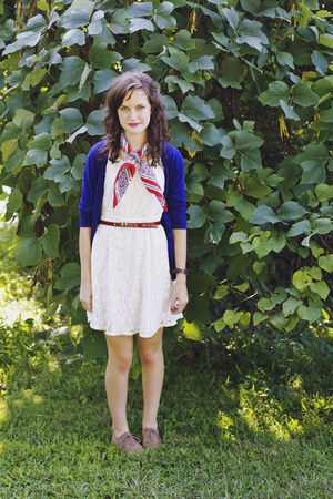 red silk thrifted scarf - white lace Xhileration dress - blue merona cardigan