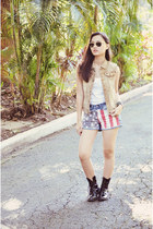 denim REPLAY vest - combat boots Tomato boots - fishbone shorts