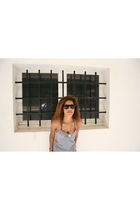 silver American Apparelm skirt - black Roxy sunglasses