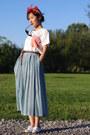 Thrifted-scarf-keds-sneakers-pleated-skirt-thrifted-jones-new-york-skirt