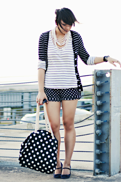 black polka dots Forever 21 shorts - white asos shirt