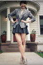 Gray-vintage-blazer-gray-colin-stuart-shoes-white-vintage-blouse-gray-f21-