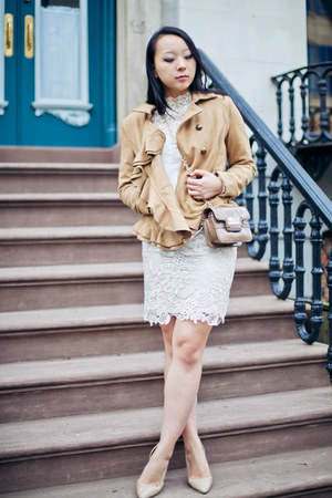 camel blazer - tan coat - eggshell bag - white top - nude heels