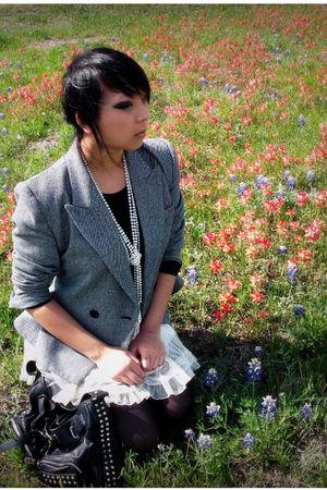 gray vintage blazer - white skirt - black top