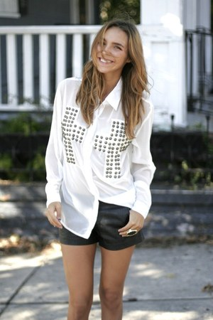 studded Reverse blouse - faux leather f21 shorts