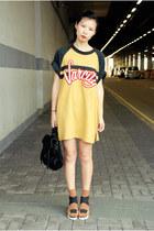 gold vintage Ezzentric Topz t-shirt - black PROENZA SCHOULER bag
