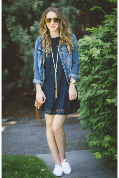 navy OASAP dress - white Keds sneakers