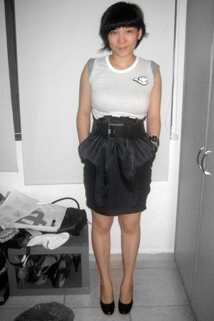 Fourskin t-shirt - Target skirt - zambesi belt - Charles & Keith shoes