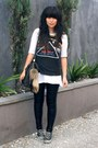 Black-sass-bide-leggings-black-vintage-bag-black-converse-sneakers-black