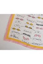 Pink-oblong-silk-vintage-vera-neumann-scarf
