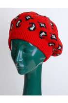 Red-vintage-hat