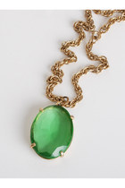 Green-vintage-necklace-necklace