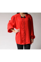 Red-laura-and-jayne-two-blouse