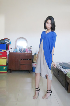blue sandywest dress - nude ankle strap Forever 21 heels