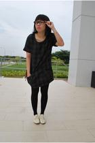 dress - shoes - glasses