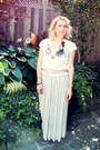 Ivory-vintage-skirt-white-guess-top-navy-sperrys-loafers