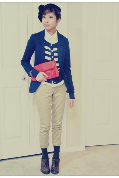 dark brown naturalizer shoes - navy H&M blazer - ruby red H&M bag