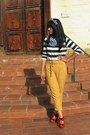 Navy-h-m-shirt-blue-target-scarf-mustard-urban-outfitters-pants-red-materi
