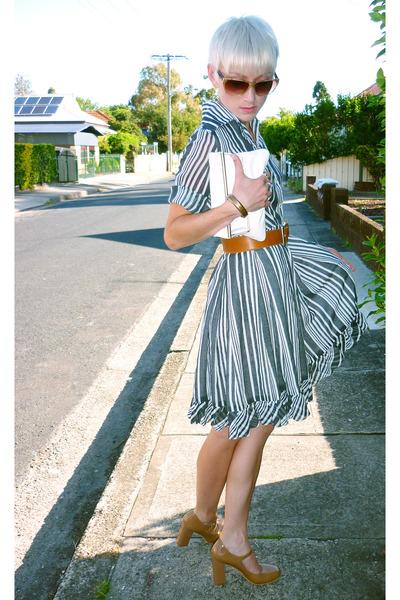 striped frilled vintage dress - patent leather Wittner shoes
