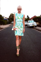 aquamarine floral summer vintage dress - white clutch vintage bag
