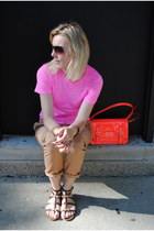 bubble gum madewell t-shirt - camel Gap pants - hot pink JCrew sandals